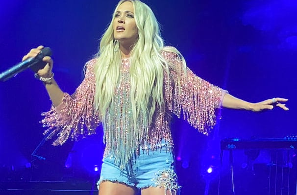 Carrie Underwood, Alaska Airlines Center, Anchorage
